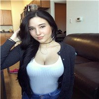 am good caring loving woman looking for a caring loving hornets man who can take good care of me...
