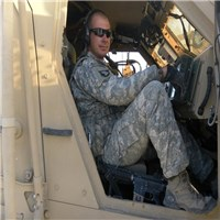 am darren summer by name an (e-6 ssg ) ( staff sergeant  in us army)am 48yrs old, had a daughter she is 4ys old her name is m...